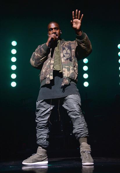 Kanye-West-Raf-Simons-Jacket-Margiela-sneakers-2